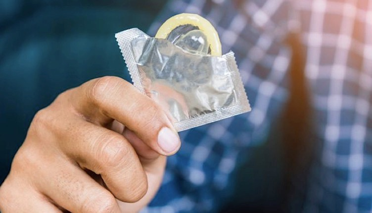 Cara Pakai Kondom dengan Benar