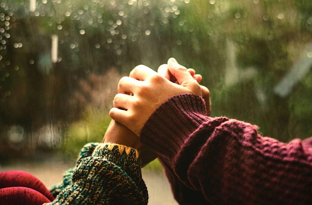 berhubungan seks saat musim hujan